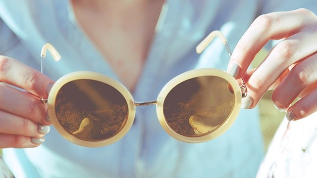 Could Your Cheap Sunglasses Be Damaging Your Eyes?