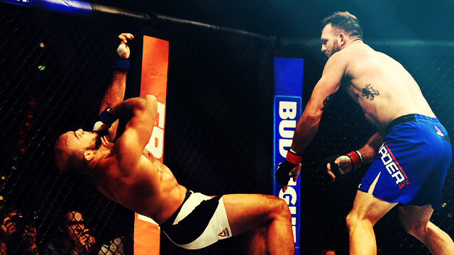 UFC Fighter Knees The Hell Out Of Opponent For A Head-Crushing KO