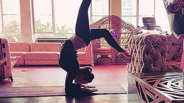Ellen Adarna Looks Insanely Hot In Workout Clothes