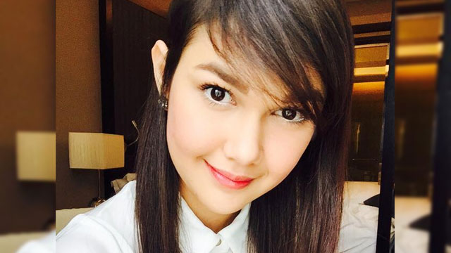 This Car Show Model Will Remind You So Much Of Angelica Panganiban
