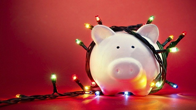 There's Still Time To Save Up Cash For The Holiday Season