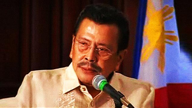 Erap Forces Nearly 700 Manila Traffic Enforcers To Resign