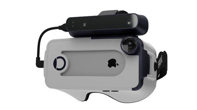 A VR Headset That Works For The iPhone Has Finally Arrived