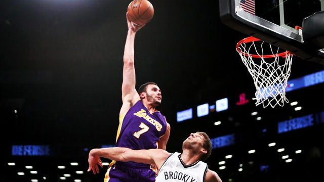 Even Larry Nance Couldn't Believe He Just Posterized Brook Lopez