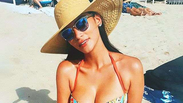 Pia Wurtzbach's Latest Beach Photo Will Remind You Of Soft, Billowy Pillows