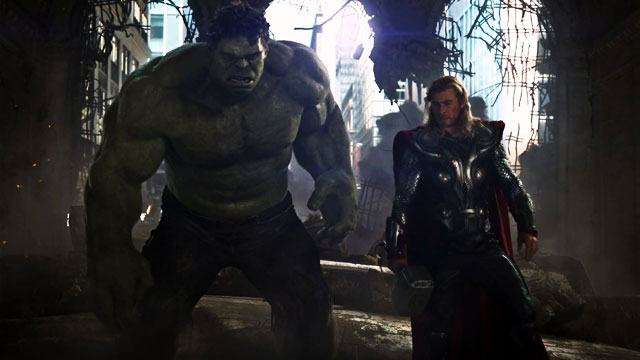 Whoa! Thor VS Hulk Is Happening In Marvel's 'Ragnarok' Movie