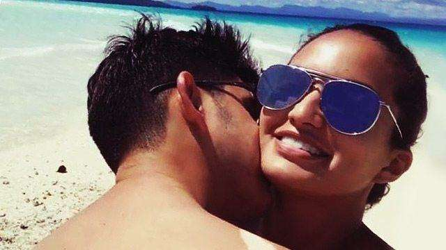 Sarah Lahbati Caught Making Out With Richard Gutierrez On The Beach