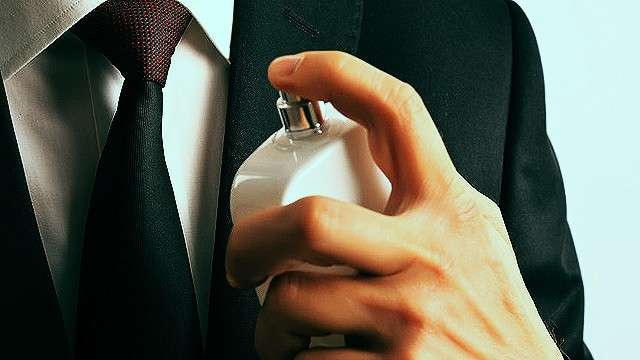 4 Expert Tips For Choosing Your Next Perfume