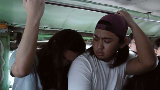 5 Jeepney Struggles Every Pinoy Commuter Will Understand