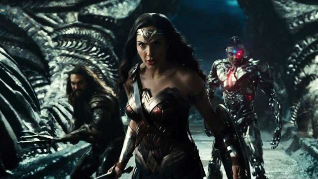 Will 'Justice League' Break DC's Trend Of Overblown Trailers?