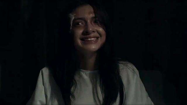 We Wish All Possessed Women Looked Like Shy Carlos