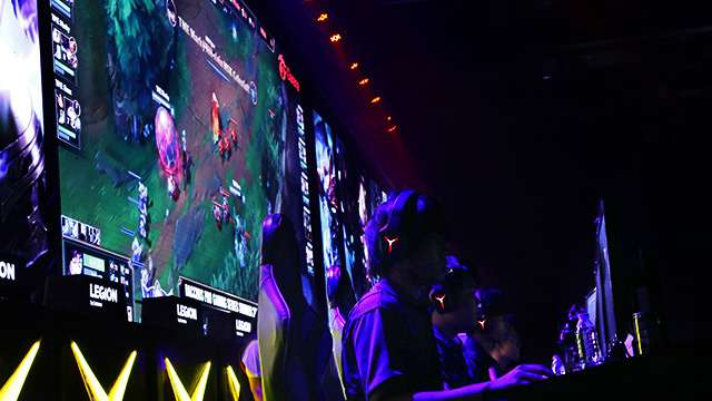 FHM Gatecrashes Rampage 2017, The Biggest 'League of Legends' Event In The Country