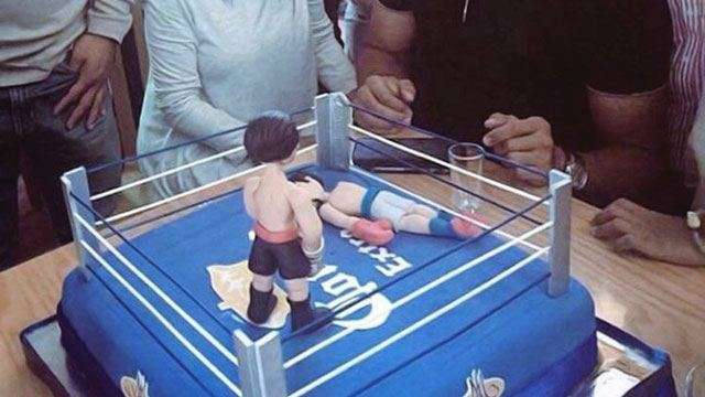 Juan Manuel Marquez Trolls Manny Pacquiao With Retirement Cake