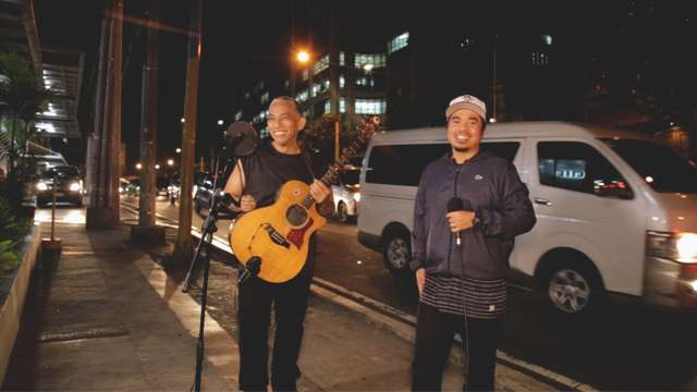 FHM Sessions: Joey Ayala And Gloc 9 Sing 'Balita'
