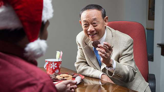 The Maestro, Jose Mari Chan, Wishes You A Very Merry Christmas