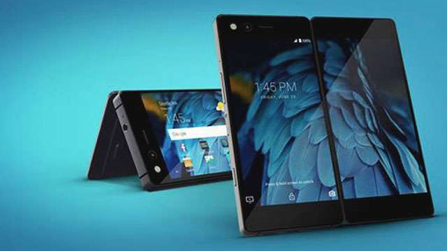 ZTE Unveils 2017's First Functional Foldable Smartphone