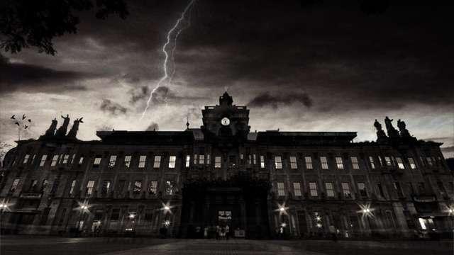 16 Short But Creepy Campus Horror Stories