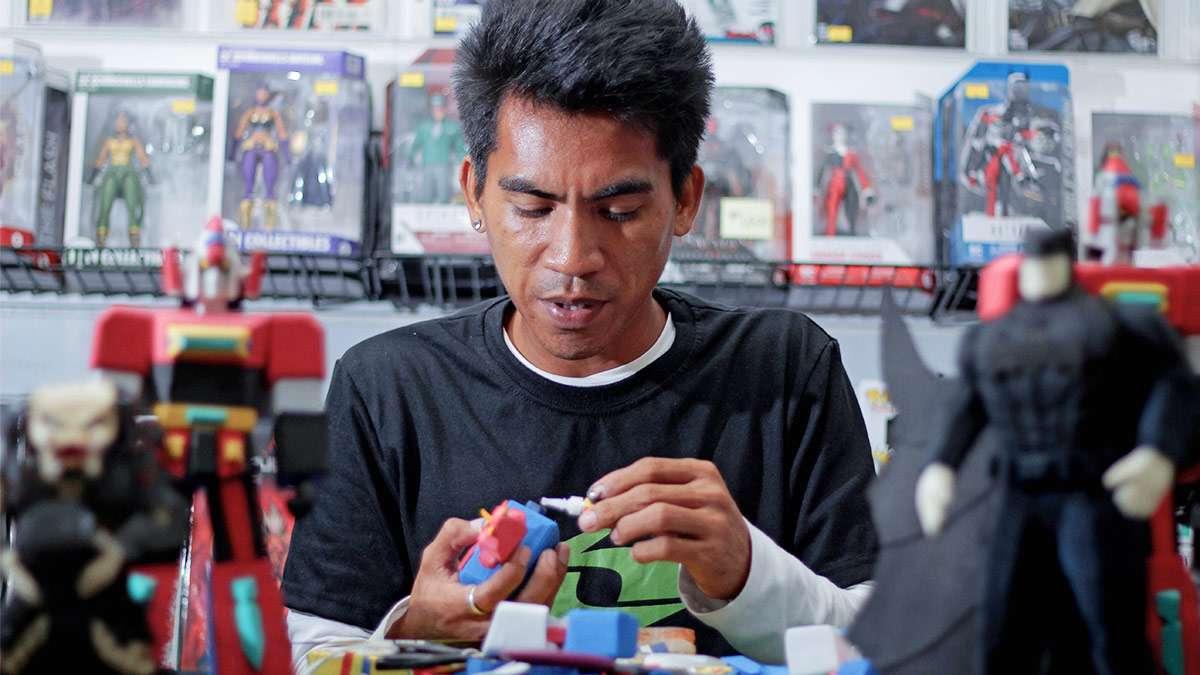 The Humble Genius Behind Elmer Padilla's Tsinelas Toymaking