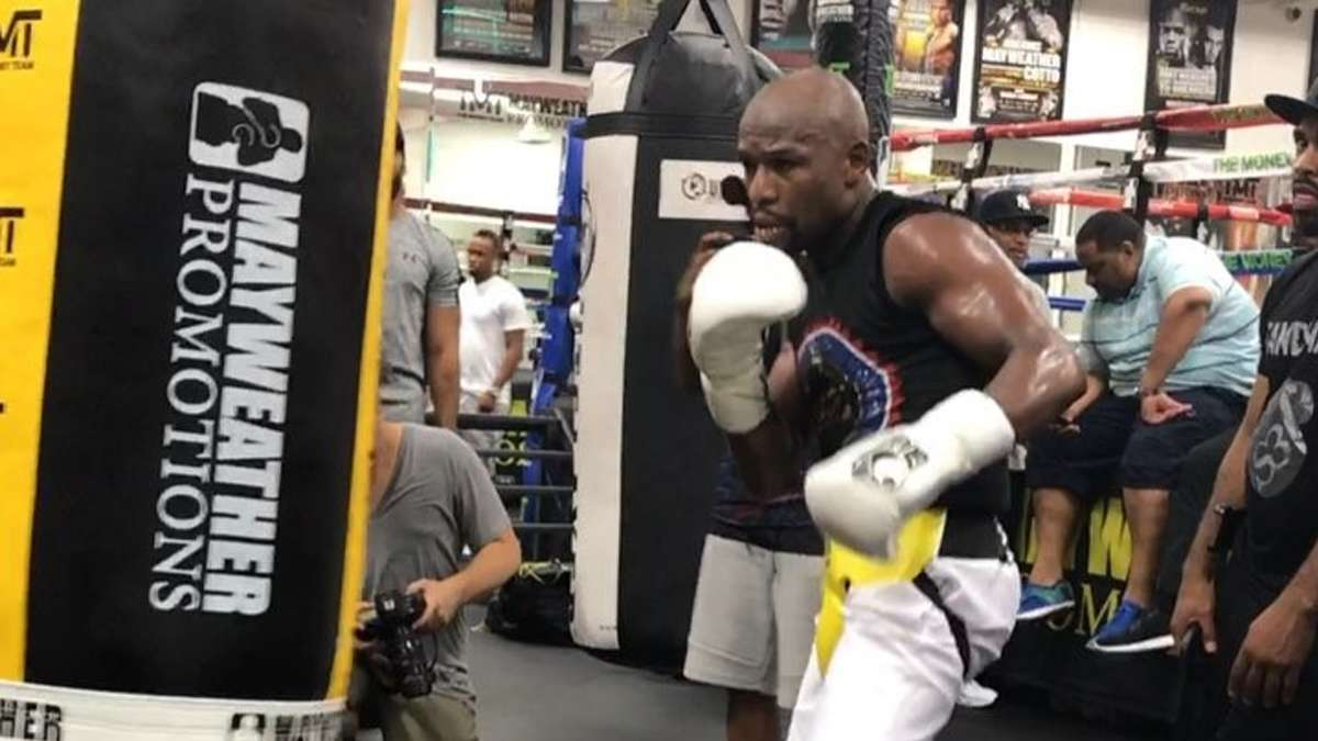 Floyd Mayweather Is Hinting At A Potential Comeback
