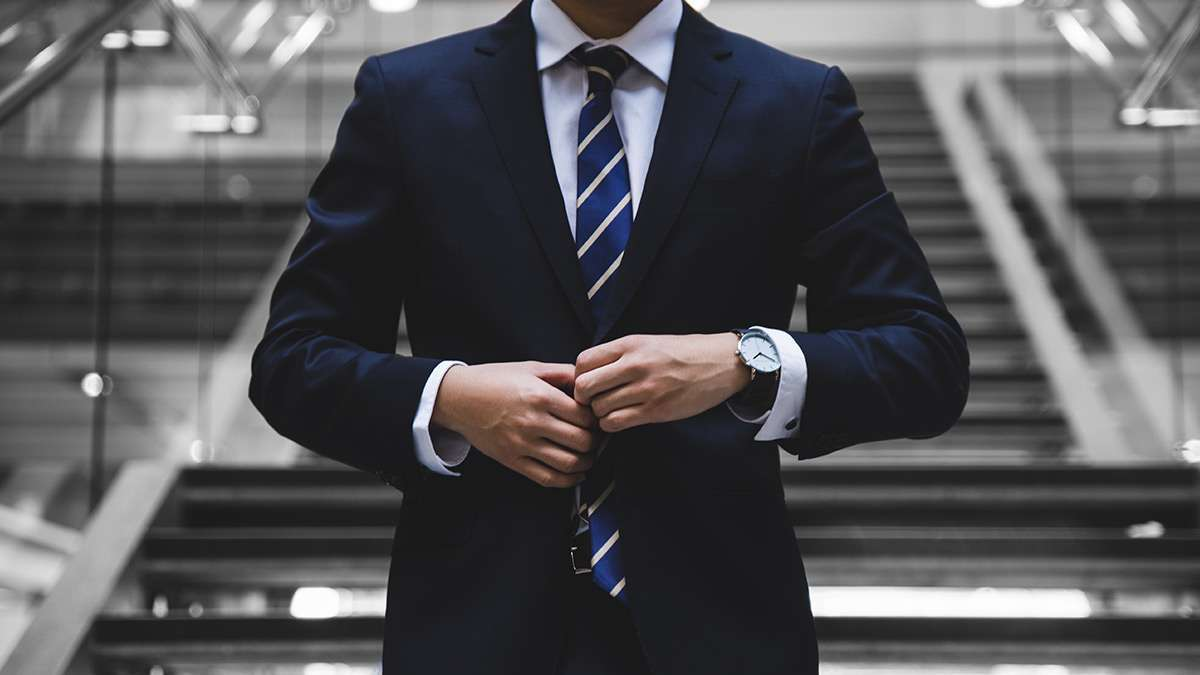 How To Dress For A Formal Or Casual Interview, According To JobStreet