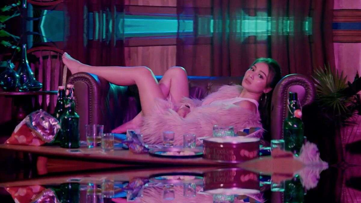 Breaking Down The Sexiest Moments In Nadine Lustre's 'St4y Up' Music Video