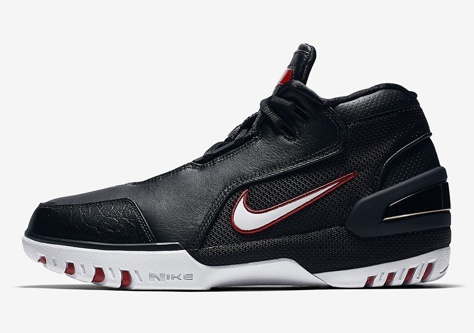 377878bf7205e The Evolution Of LeBron James  Signature Sneakers