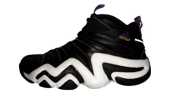 a80bd2a7c599 Older fans would recall that before Bryant signed with the Swoosh