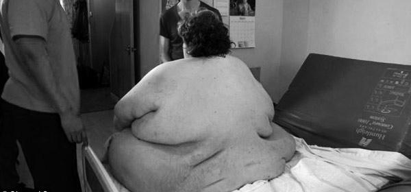 Whoa! News: World's Fattest Man Dies From Pneumonia