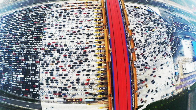 This Monster Traffic Jam Makes EDSA's Look Puny