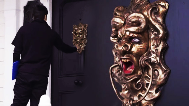 This Prank Is The Perfect Solution To Those Pesky Door-To-Door Solicitors
