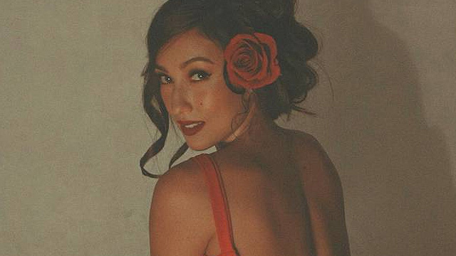 Solenn Heusaff Clarifies That She's Not Yet Married