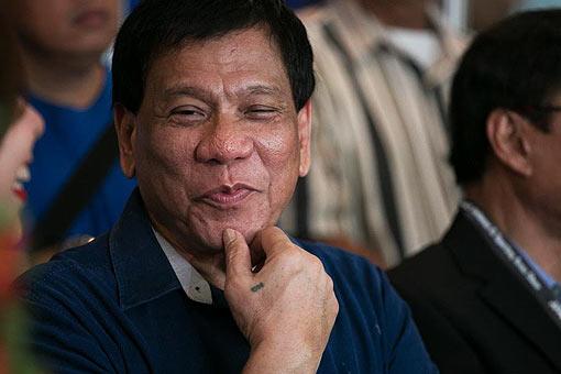 Comelec Drops Duterte's Disqualification Cases