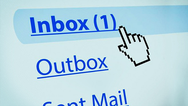 Constantly Checking Your Email Will Make You Dumb