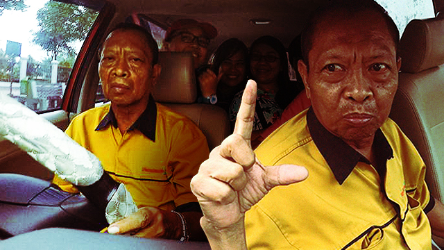 Binay Lookalike Shows 'Support' For Mar Roxas