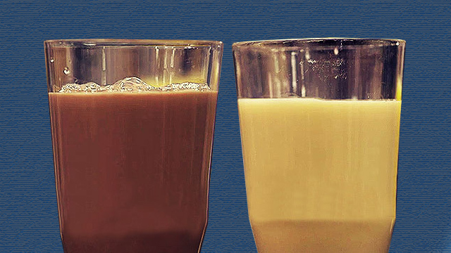 Chocolate Milk Vs. Sports Drink: The Post-Workout Beverage Battle