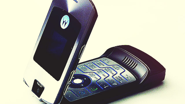 The Razr Is Making A Comeback, And We're Flipping Excited