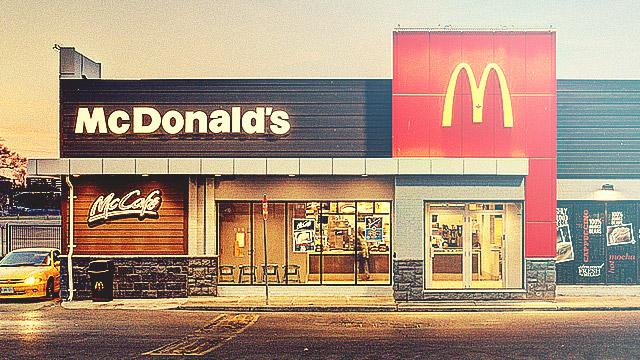 Robbers Hold Up McDonald's Filled With French Special Forces