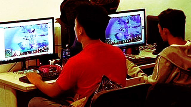 Government Employees Caught Playing DOTA At The Office