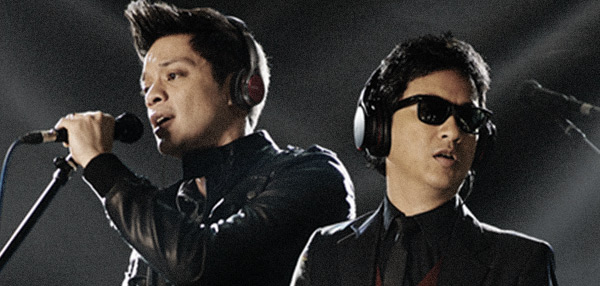 "WATCH: Ely Buendia And Bamboo Play ""Come Together"" In Silent Concert"