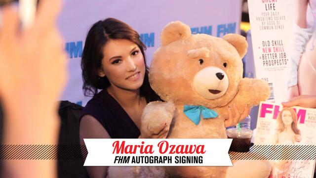Maria Ozawa Breaks FHM's Autograph Signing Attendance Record!