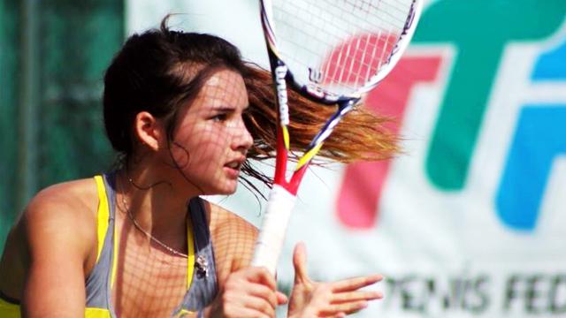 HOT-LETE ALERT: Why We're Head Over Heels For Fil-German Tennis Head-Turner, Katharina Lehnert