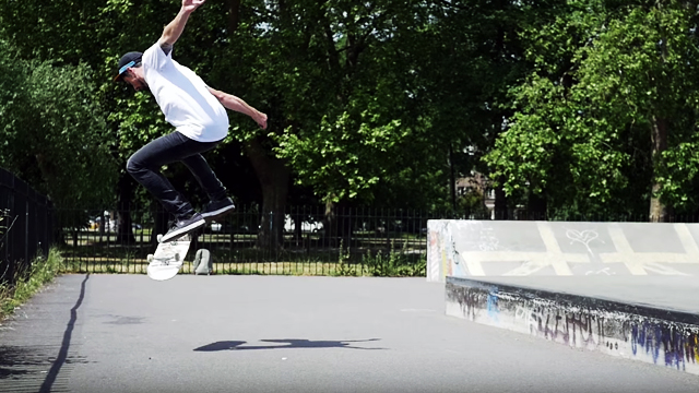 Pro Skater Dave Snaddon Teaches You How To Master The Kickflip!