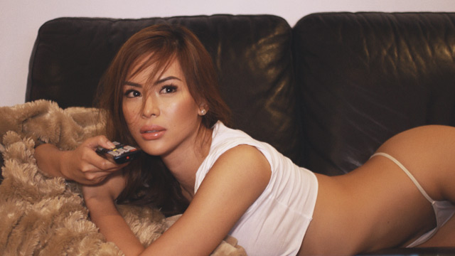 How To Become A Better Ladies' Man According To FHM's January Idol, Maica Palo