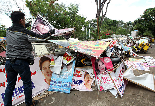 MMDA Collects Close To  2 Tons Of Illegal Campaign Materials