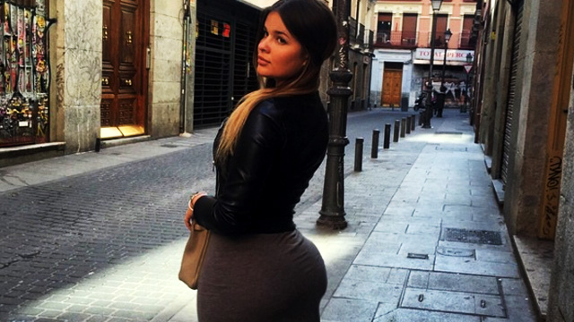 The Russian Kim K, A Humongous Black Hole, And 13 Other Things A Man Must Know This Week!