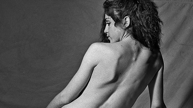 Here's A 20-Year-Old, Completely Naked Madonna Posing For Nude Art