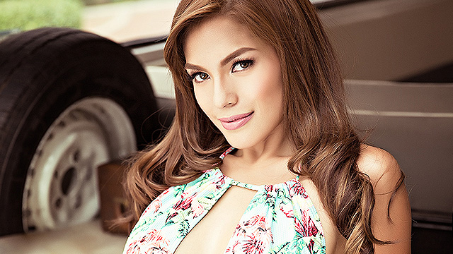 More Photos Of Andrea Torres's First Gravure Book!