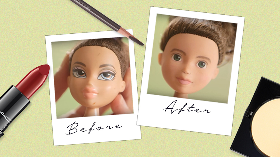 This Woman is Removing Her Dolls' Makeup to Make Them Look More Real