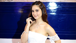 Coleen Garcia Shines Bright In Diamonds