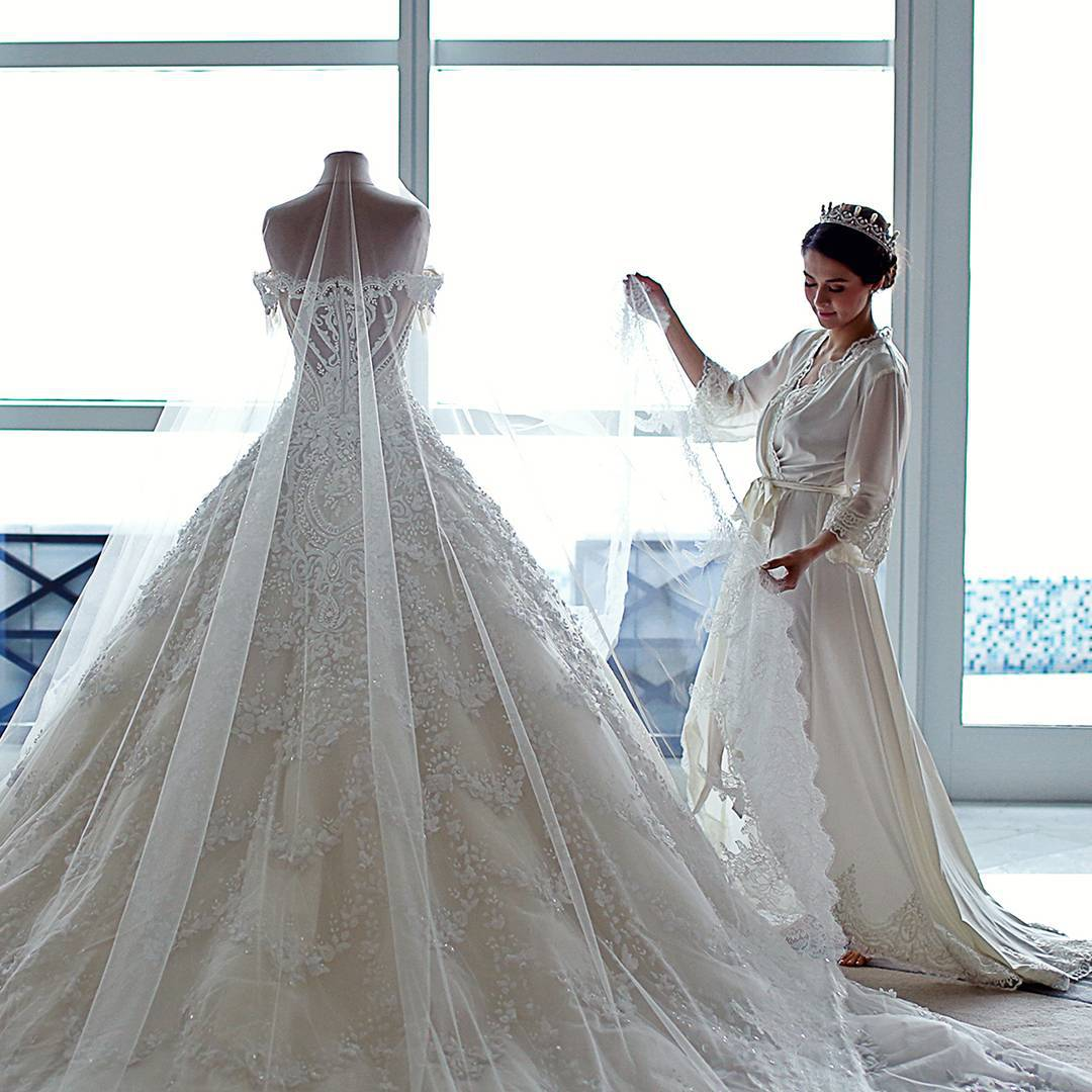 This Is The One Major Detail Brides Tend To Overlook But